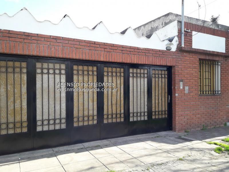 Casa En Alquiler En Los Hornos Los Hornos Sobre Calle 150